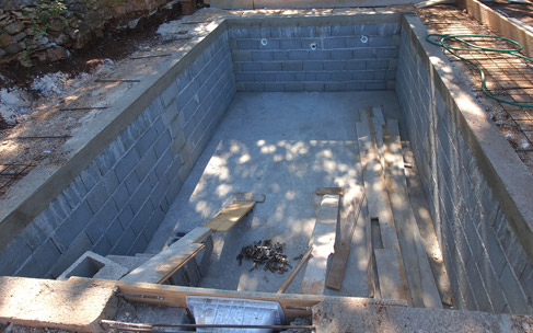 piscine en construction